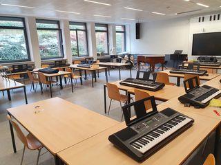 Neue Keyboards für das Klassenmusizieren – Herzlichen Dank an den Förderverein!